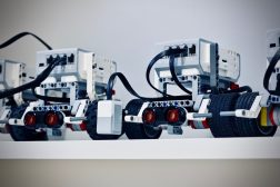 5 Best Beginner Friendly Robotics Projects To Try At Home