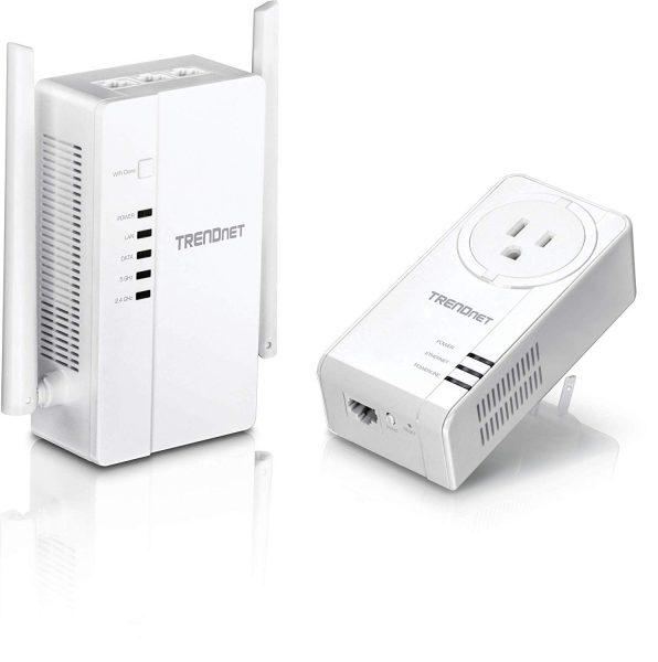 Un routeur Wifi Trendnet blanc