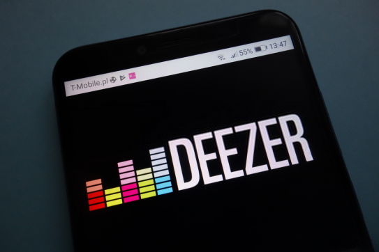 Deezer Review: Price, Features, Library [2020 Edition]