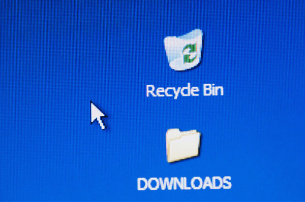 How to Delete My Downloads Entirely Without Leaving a Trace?
