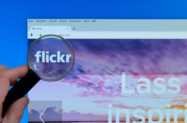 Is It Legal Or Illegal To Download Photos From Flickr?