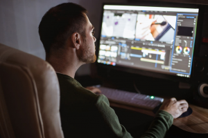 25 Free Video Editing Software For Beginners & Experts in 2020