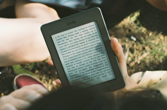 14 Best E-Reader Models That Will Make You Read More