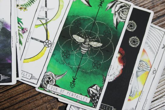 20 Free Tarot Card Reading Websites For Seeing Into Your Future
