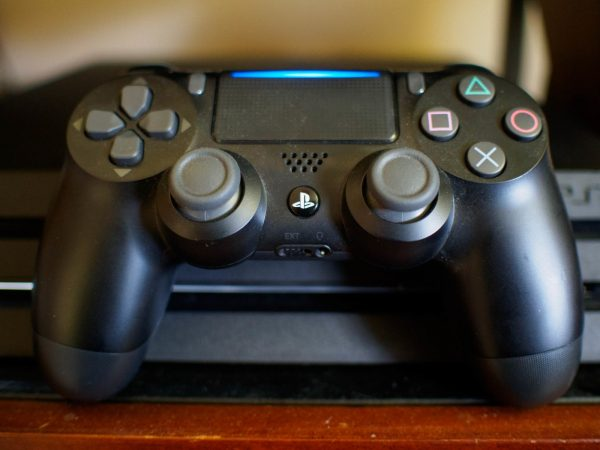 dusty ps4 controller