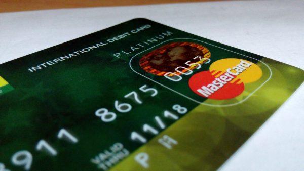 Payoneer vs Paypal: International Fees