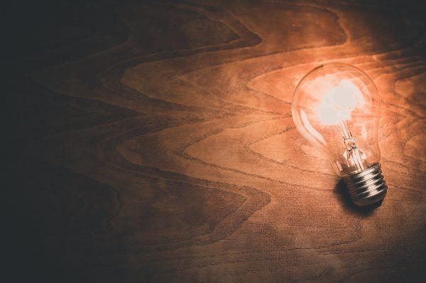 Reasons to Buy Smart Light Bulbs