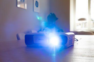 16 Best Portable Mini Projectors for Fun Movie Nights