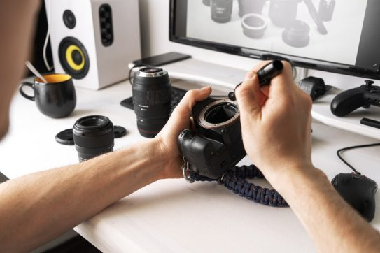 Easy Tips on How to Clean Your Camera Lens to Take Crisp, Clear Pictures