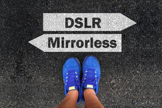 Mirrorless vs DSLR Camera: Which Is The Better Camera For You?