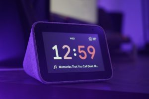 9 Best Smart Display Devices Perfect for Your Countertop