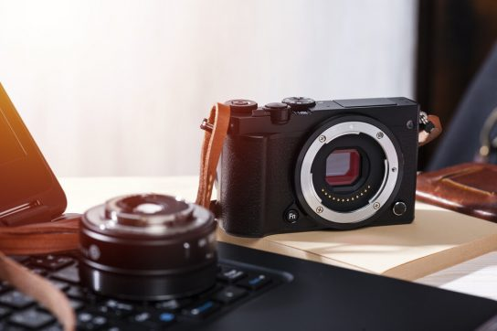 20 Best Mirrorless Cameras for the Modern Pro Photographer