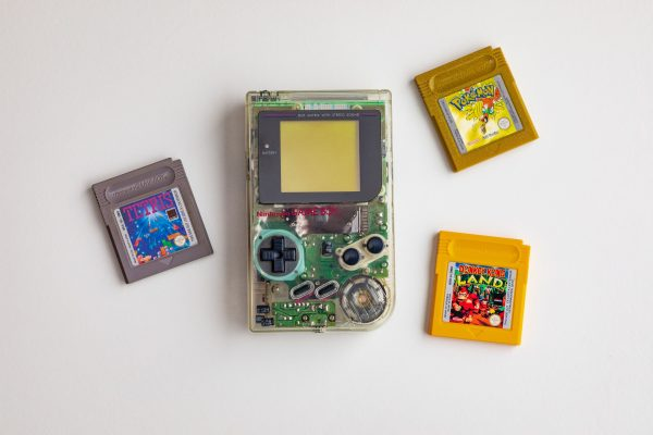 14 Best Handheld Consoles to Make You Feel Nostalgic