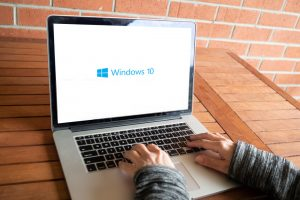 How to Install Windows on Mac for Dummies