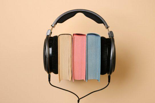 8 Best Surround-Sound Headphones for Audiophiles in 2021